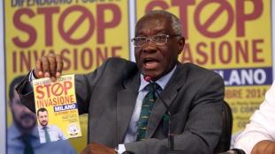 Itália első fekete szenátora a bevándorlásellenes Liga bevándorlási felelőse