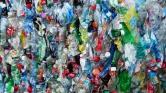 Véletlenül találtak a tudósok egy enzimet, ami lebontja a műanyagot