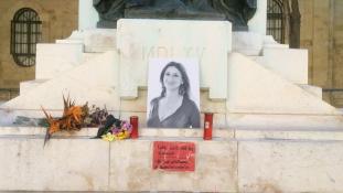 Miért halt meg az oknyomozó újságírónő? Megemlékezés Máltán és Londonban