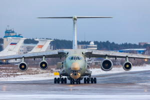 Gromov_Flight_Test_Institute_Ilyushin_Il-76LL_with_one_Aviadvigatel_PD-14_engine
