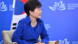 24 év börtön korrupcióért Dél-Korea volt elnökasszonyának