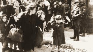 Mégsem tüntetik ki a lengyel írónőt, aki szerint a zsidók vígan éltek a varsói gettóban