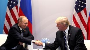 A CIA be akarta szervezni a kiutasított orosz diplomatákat