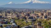 A miniszterelnök lemondását ünneplik a tüntetők Örményországban