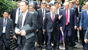 Trump: jó párbeszédet folytathatunk Putyinnal