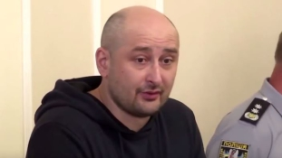Álhalál: mégsem gyilkolták meg az orosz újságírót Kijevben