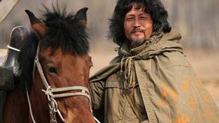 Lóháton a világ körül: 10 évnyi keresés után megtalálták a legendás kínai hosszútávlovast
