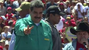 Venezuela: újraválasztották az elnököt, de az ellenzék kételkedik