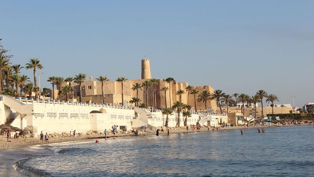 De miért menjek éppen Tunéziába?