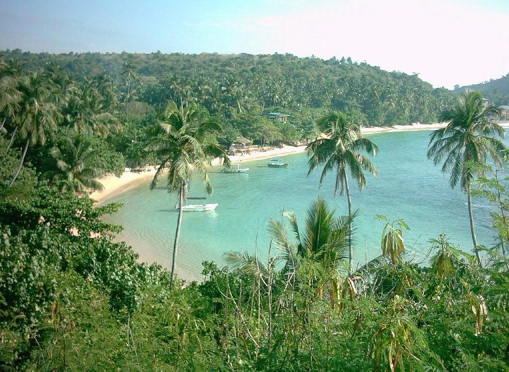 Unawatuna_Bay_-_Beach