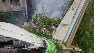 Lezuhant egy volt kormányzati magángép Mumbaiban, négy halott