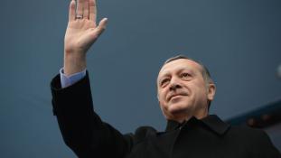 Erdogan győzelmi beszéde Ankarában – videó