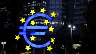 Lesz közös költségvetése az eurózónának