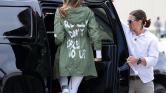A First Lady a ruhájával üzent? – videó