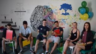 Egyre több országban hódít a magyar oktatási sikersztori