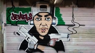 Így radikalizálják a fiatalokat a londoni bűnbandák
