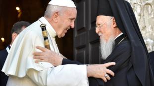Ferenc pápa a keresztények eltűnésétől tart a Közel-Keleten