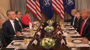 Trump, a földgázügynök: Németország Oroszország foglya