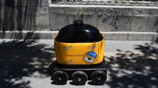 Házhoz szállítás robottal Kínában – videó