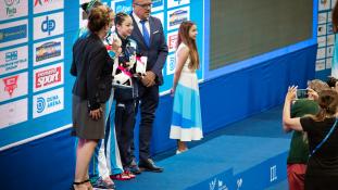 Az orosz lány már az első napon duplázott Budapesten