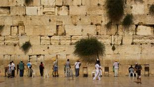 100 kilós kő zuhant le a Siratófalról Jeruzsálemben