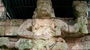 Azték templomokat találtak egy piramisban, melyet a földrengés megrendített