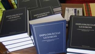Diplomáciai Lexikon – hiánypótló könyvet mutattak be Budapesten
