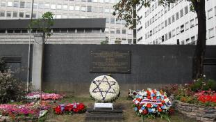 A miniszterelnök emlékezett meg a holokausztról Franciaországban