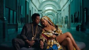 Beyoncé és Jay Z a Louvre-ban – videó