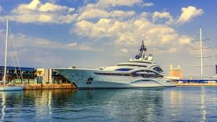 Így élnek a világ leggazdagabb emberei luxusjachtjaikon
