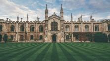 A Cambridge-i Egyetem ingyenes oktatás bevezetését tervezi a legszegényebb diákjainak