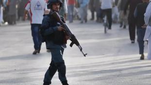 Oktatási központ volt a célpont: 48 halott a kabuli öngyilkos merényletben