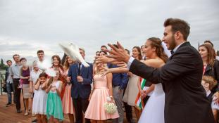 Álomesküvőn kelt egybe a sorozat szerelmespárja