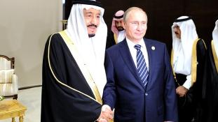 Putyin Szaúd-Arábiába látogat