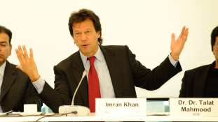 Pácban Pakisztán új kormánya