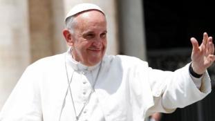 Ferenc pápa a családok világ találkozóján Írországban – videó
