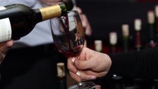 A legtöbb magyar soha nem iszik külföldi bort