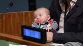 Új-Zéland First Baby-je az ENSZ-közgyűlés szenzációja