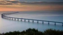 Kedden adják át a világ leghosszabb tengeri hídját