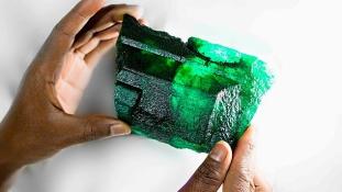 2.2 millió eurót érő óriássmaragdot találtak Afrikában