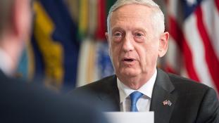 Amerikai hadügyminiszter: Oroszország nem léphet az USA helyébe a Közel-Keleten
