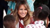 Melania Trump ragyog Afrikában – egyedül