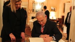 Per indult a First Lady ellen Izraelben