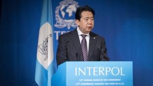 Vizsgálati fogságban van Kínában az Interpol főnöke