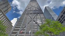 Azt hitték, meghalnak: 84 emeletet zuhantak egy lift utasai Chicagóban