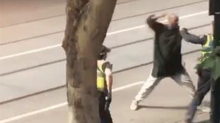 Merénylet Melbourne-ben – videó