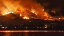 Már félszáz halottja van a tűzvésznek Kaliforniában – videó