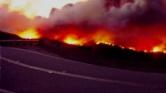 Már kilenc halottja van a tűzvésznek Kaliforniában – menekülnek a sztárok