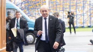 Francia külügyminiszter: Trump ne szóljon bele a belügyeinkbe!