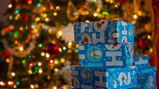 A kisfiú kihívta a rendőröket, mert nem tetszettek a karácsonyi ajándékok